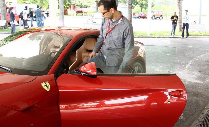 2013 Ferrari F12berlinetta - Slide 30