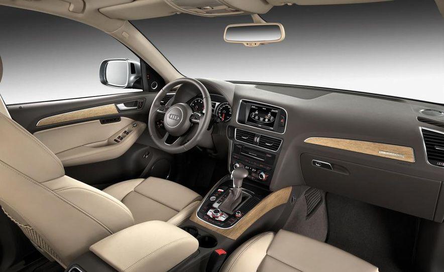 2013 Audi Q5 3.0T Quattro - Slide 51