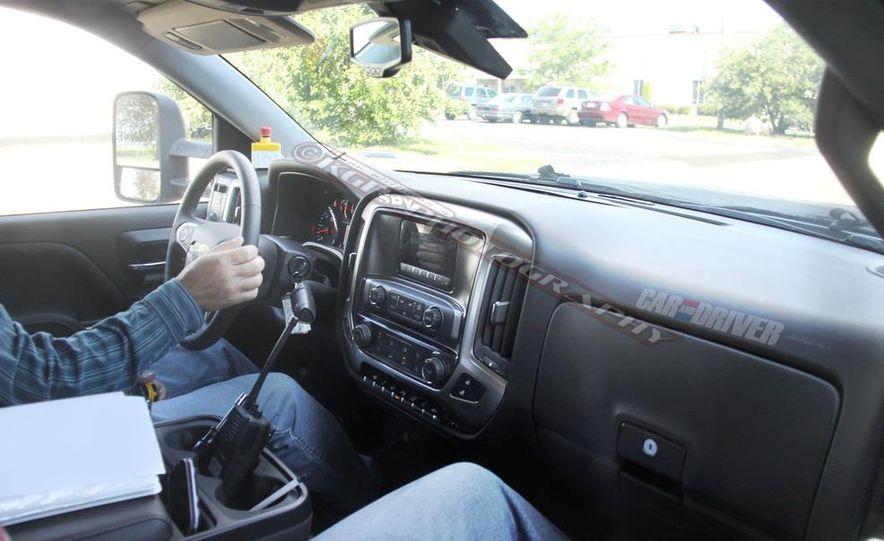 2014 Chevrolet Silverado (spy photo) - Slide 10
