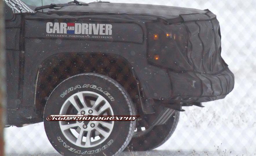 2014 Chevrolet Silverado (spy photo) - Slide 19