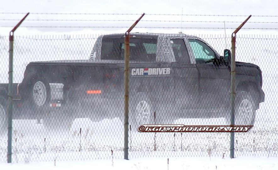 2014 Chevrolet Silverado (spy photo) - Slide 21