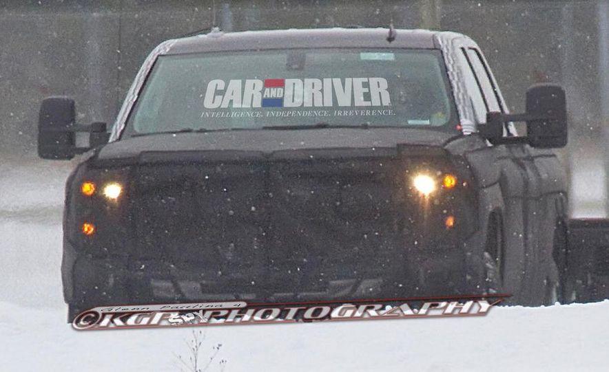 2014 Chevrolet Silverado (spy photo) - Slide 23