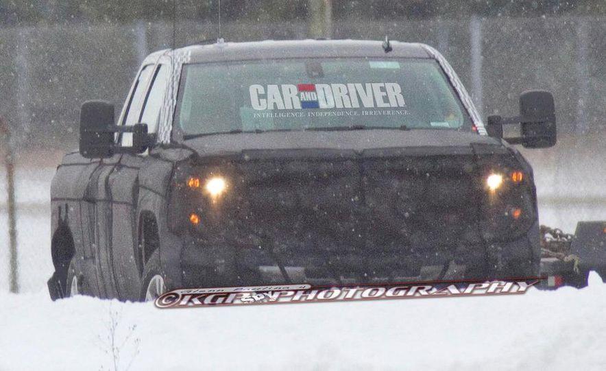 2014 Chevrolet Silverado (spy photo) - Slide 24