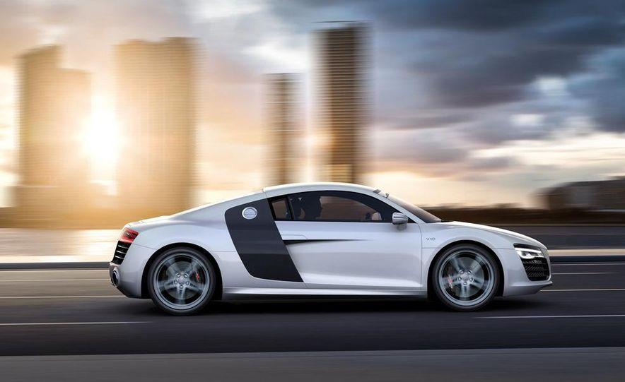 2013 Audi R8 - Slide 22
