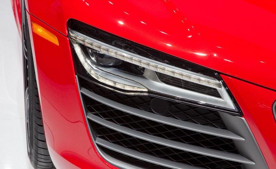 2013 Audi R8 - Slide 16