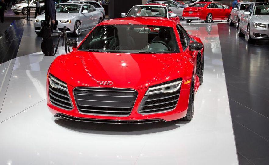 2013 Audi R8 - Slide 3