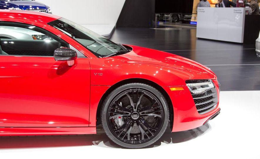 2013 Audi R8 - Slide 12