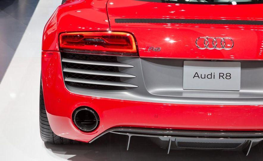2013 Audi R8 - Slide 15