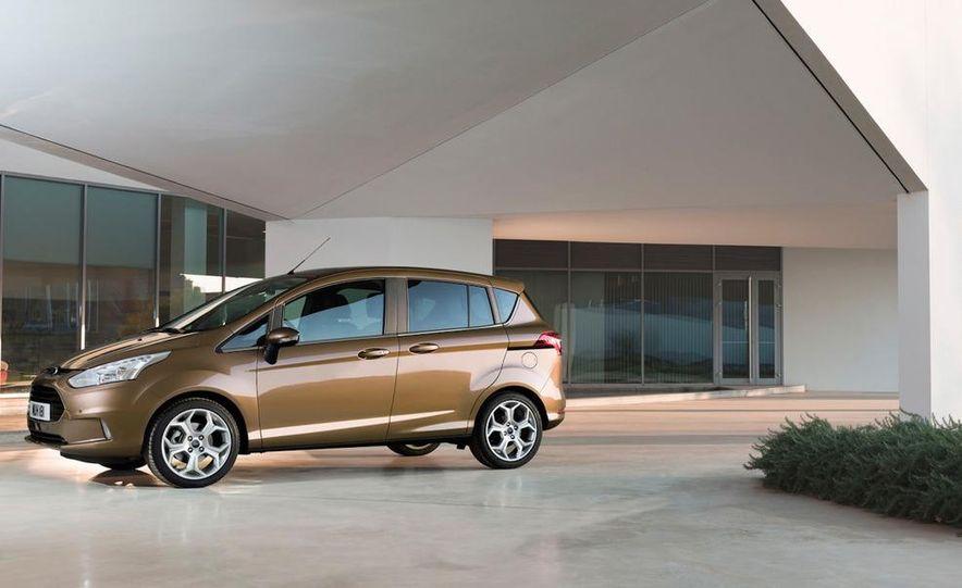 2013 Ford B-Max - Slide 4