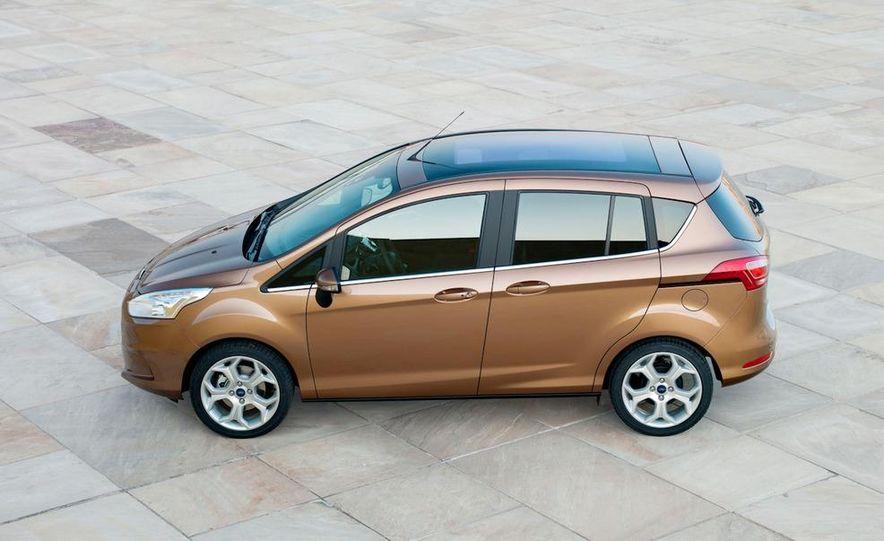 2013 Ford B-Max - Slide 5