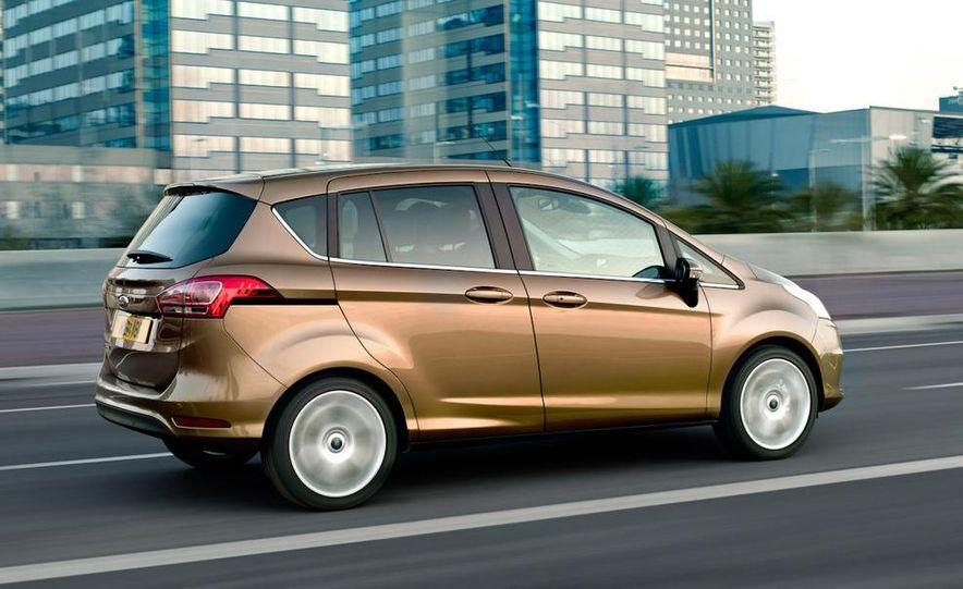 2013 Ford B-Max - Slide 7