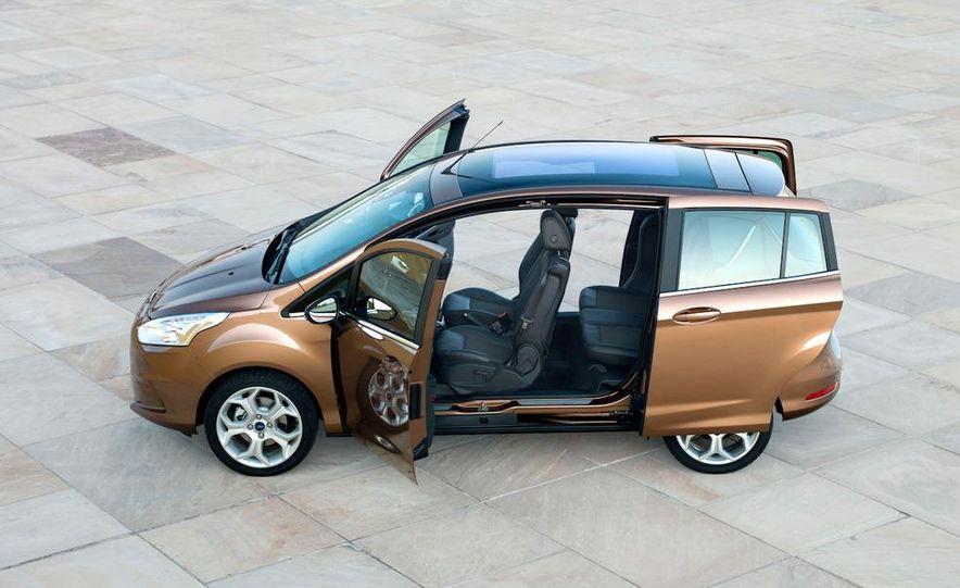 2013 Ford B-Max - Slide 12