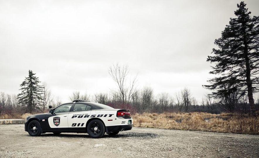 2012 Dodge Charger Pursuit Police Package - Slide 3