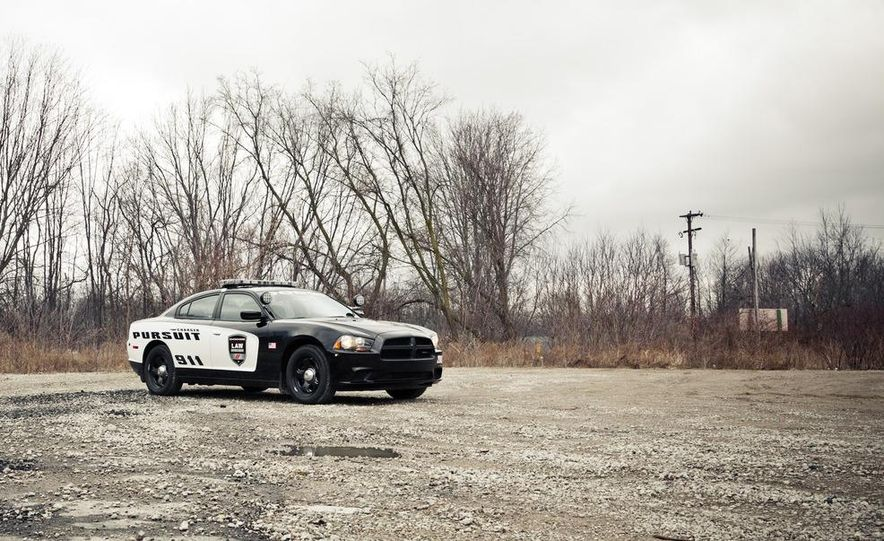 2012 Dodge Charger Pursuit Police Package - Slide 5