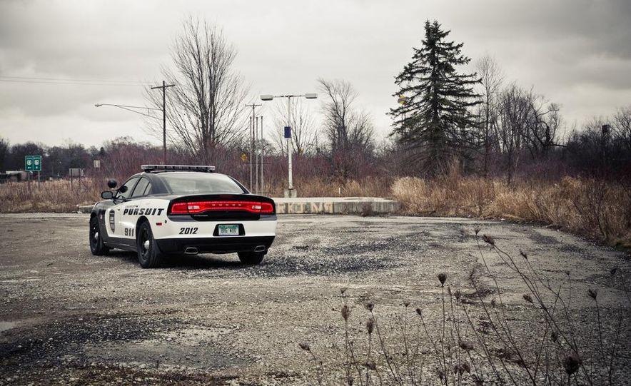 2012 Dodge Charger Pursuit Police Package - Slide 8