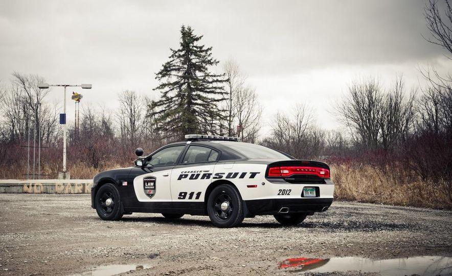2012 Dodge Charger Pursuit Police Package - Slide 9