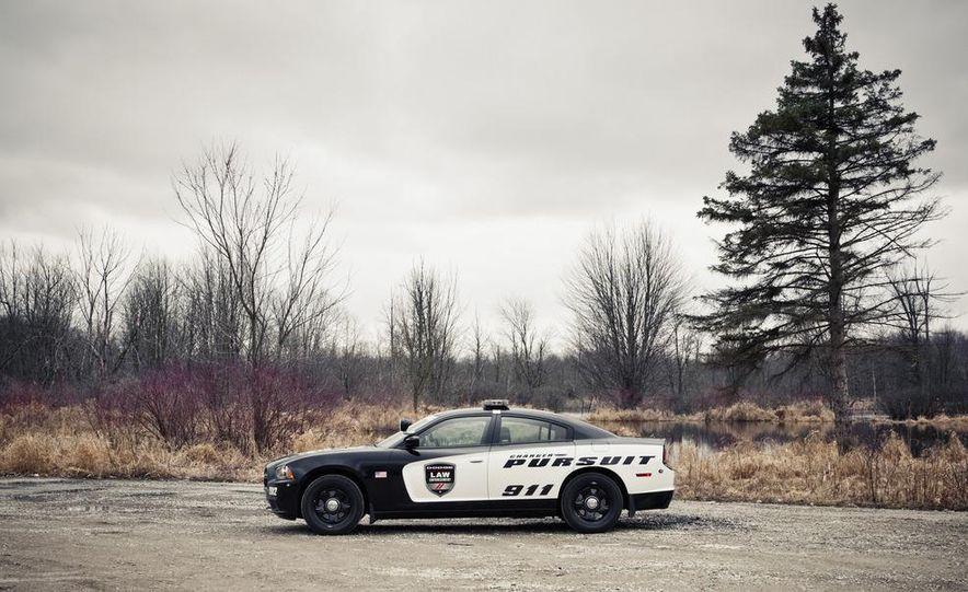 2012 Dodge Charger Pursuit Police Package - Slide 11