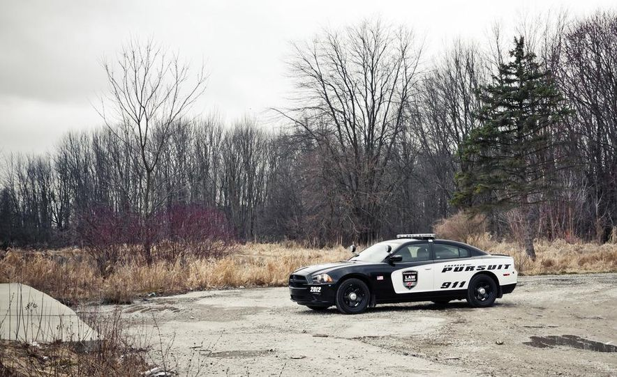 2012 Dodge Charger Pursuit Police Package - Slide 14