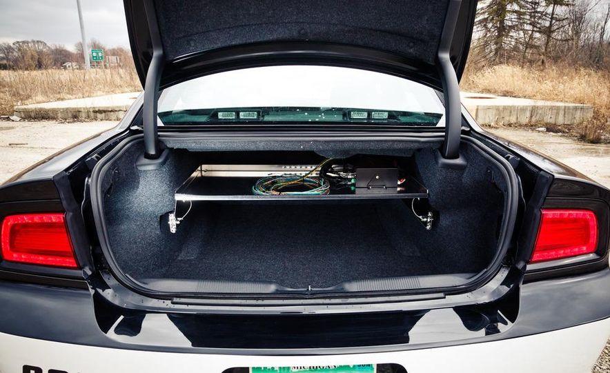 2012 Dodge Charger Pursuit Police Package - Slide 27