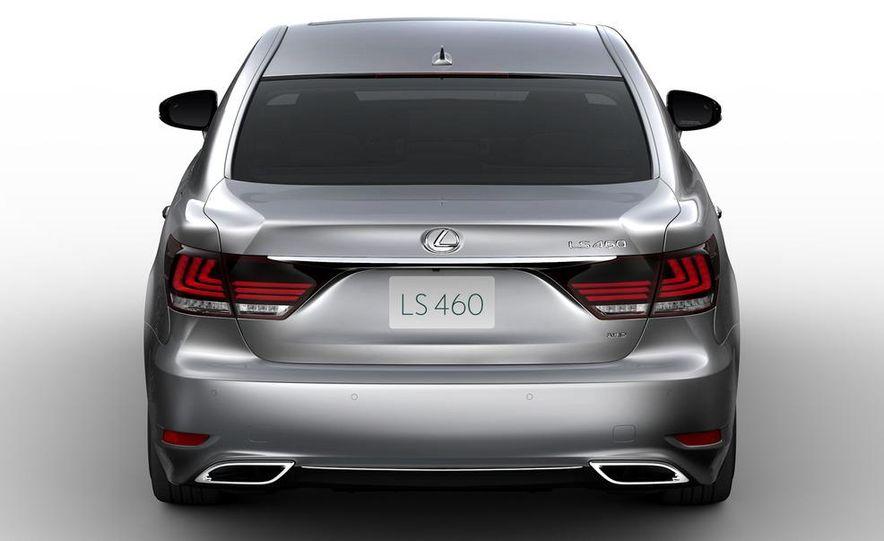 2013 Lexus LS460 AWD - Slide 3