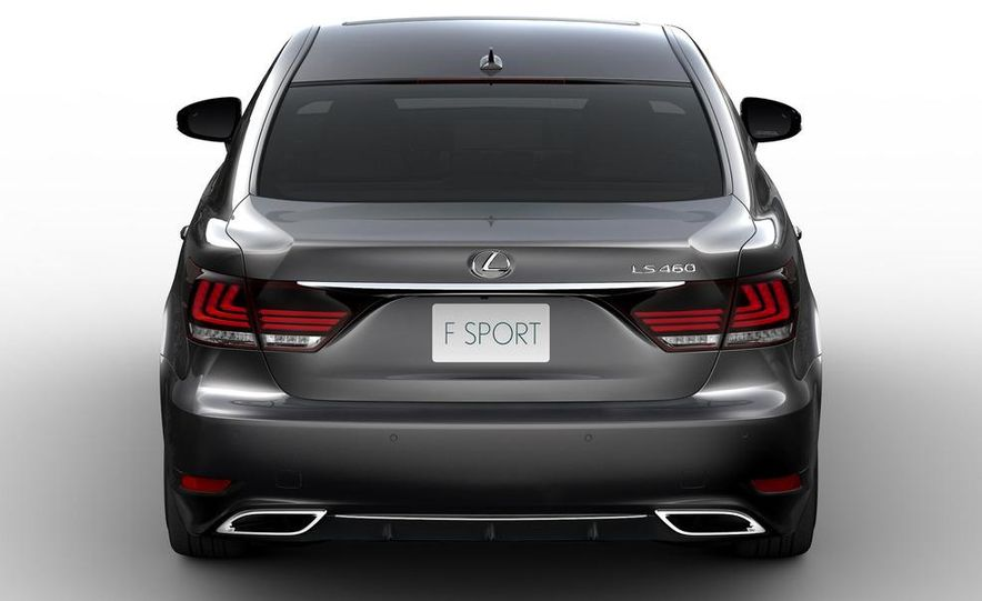 2013 Lexus LS460 AWD - Slide 11