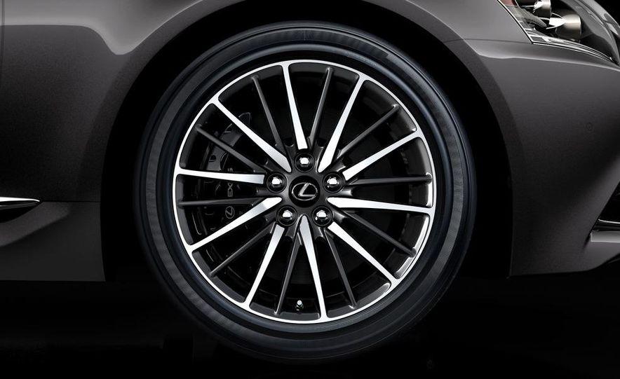 2013 Lexus LS460 AWD - Slide 14