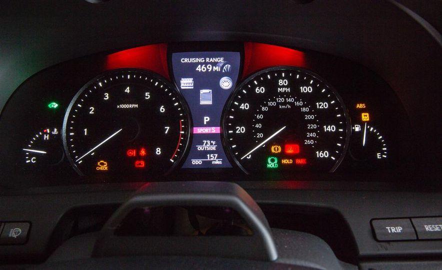 2013 Lexus LS460 AWD - Slide 25