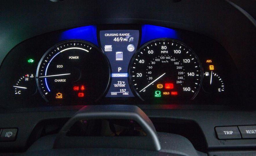 2013 Lexus LS460 AWD - Slide 26