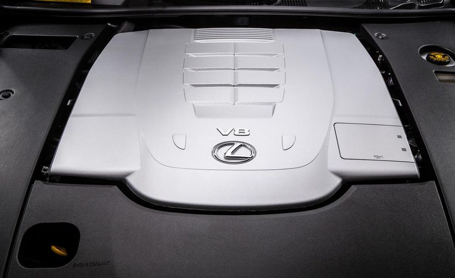 2013 Lexus LS460 - Slide 43
