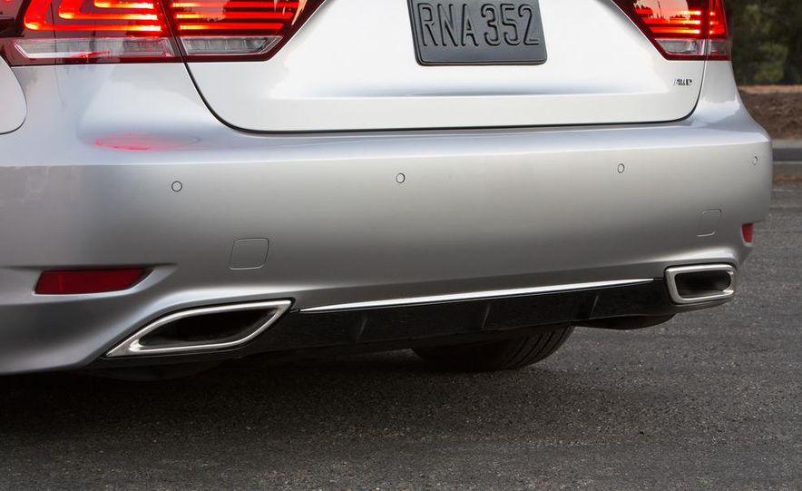 2013 Lexus LS460 - Slide 75
