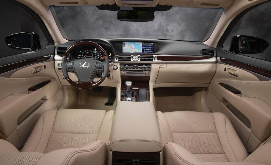 2013 Lexus LS460 - Slide 52