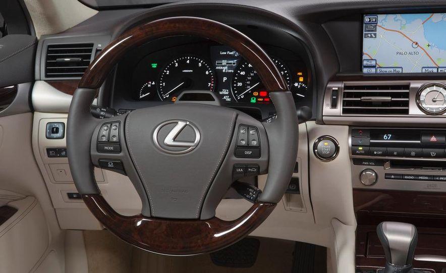 2013 Lexus LS460 - Slide 53