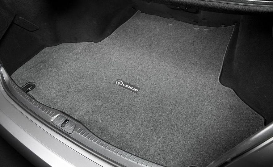 2013 Lexus LS460 - Slide 42