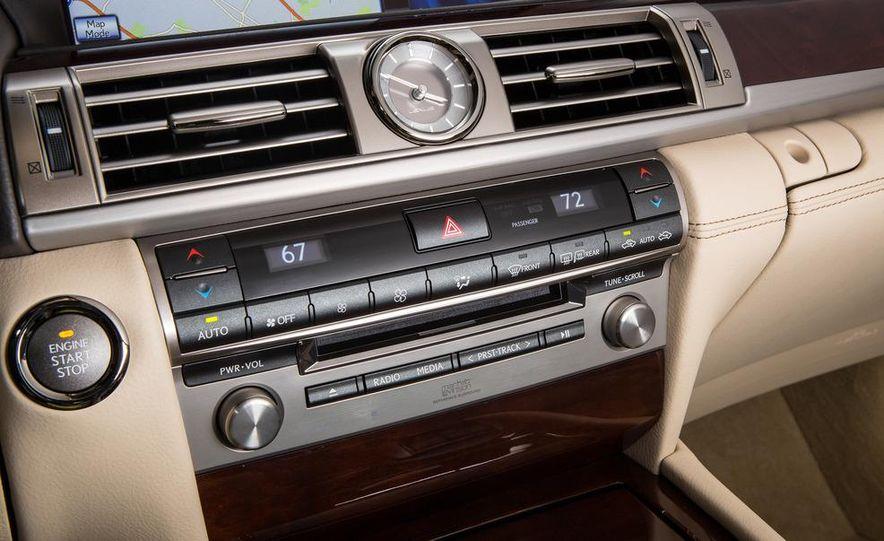 2013 Lexus LS460 - Slide 39