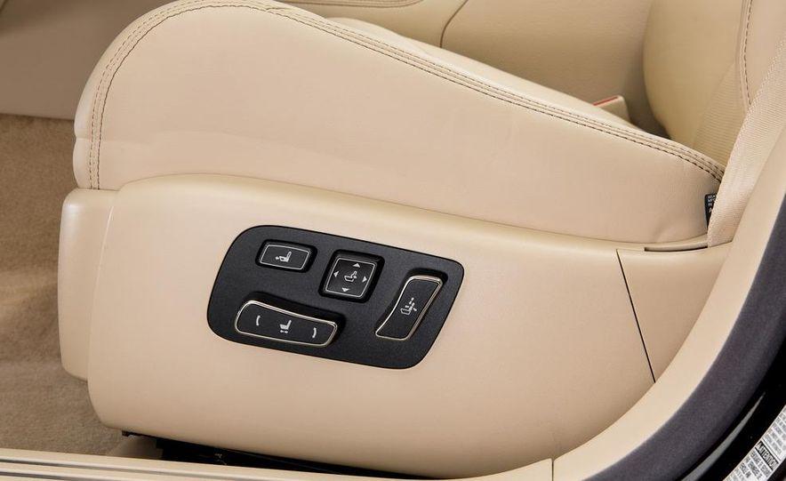 2013 Lexus LS460 - Slide 35