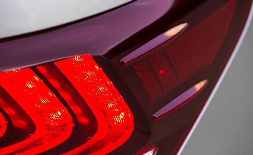2013 Lexus LS460 - Slide 28