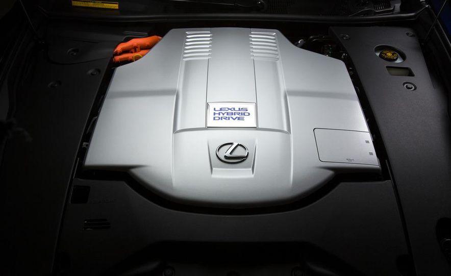 2013 Lexus LS460 - Slide 124