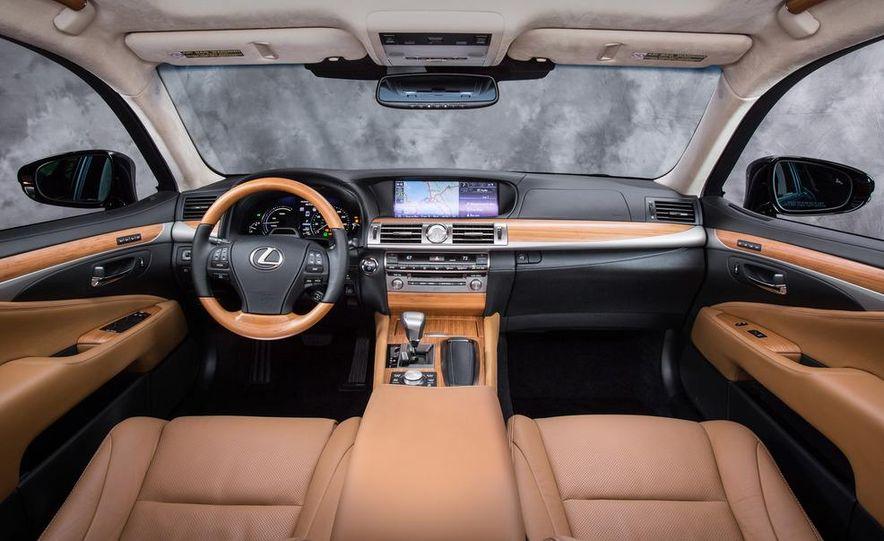 2013 Lexus LS460 - Slide 114