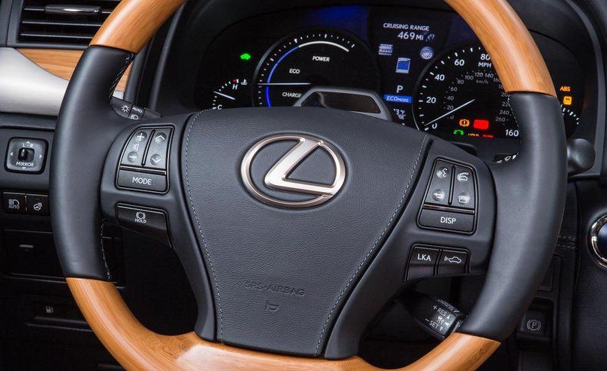 2013 Lexus LS460 - Slide 119