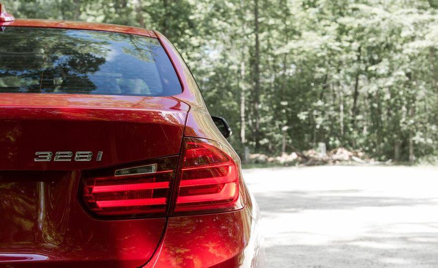 2012 BMW 328i Sport Line - Slide 16