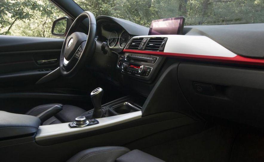 2012 BMW 328i Sport Line - Slide 22
