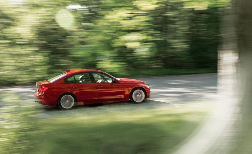 2012 BMW 328i Sport Line - Slide 5