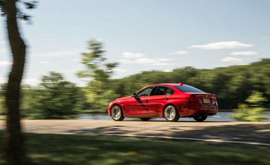 2012 BMW 328i Sport Line - Slide 7