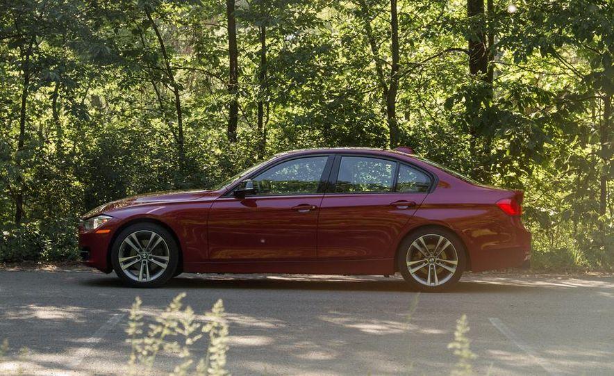 2012 BMW 328i Sport Line - Slide 9