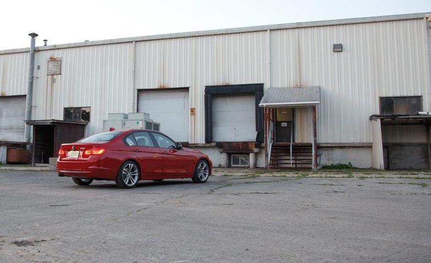 2012 BMW 328i Sport Line - Slide 64