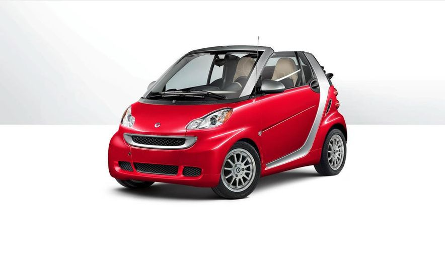 2013 Smart Fortwo Passion Cabriolet - Slide 1