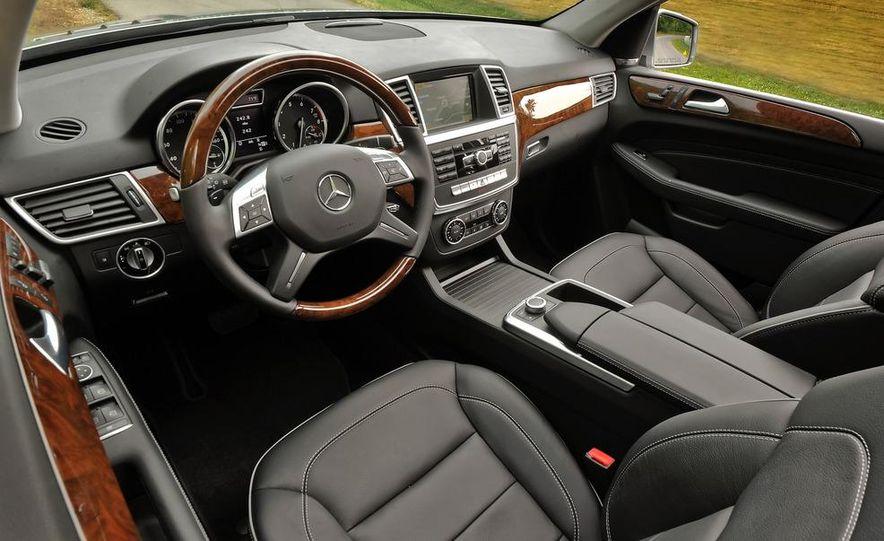 2013 Mercedes-Benz E400 hybrid - Slide 28