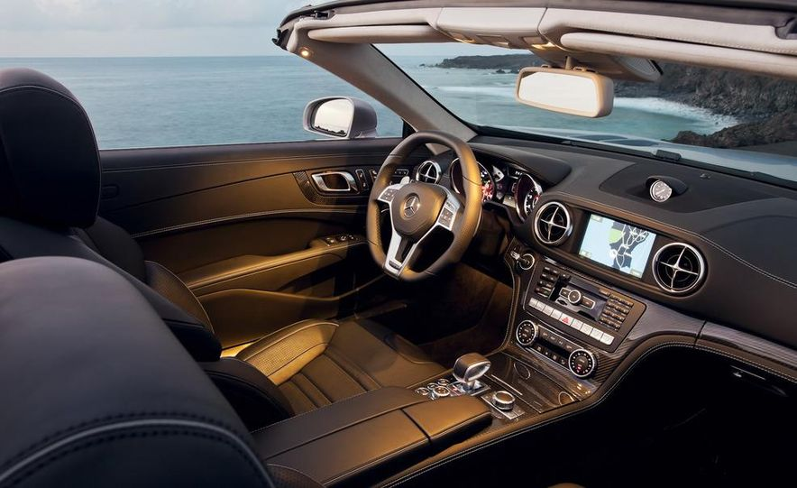 2013 Mercedes-Benz E400 hybrid - Slide 38
