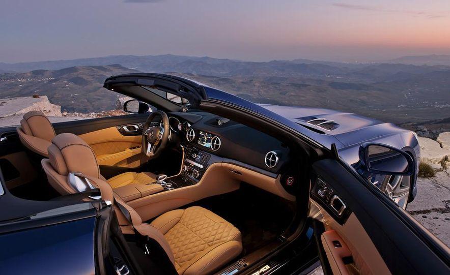 2013 Mercedes-Benz E400 hybrid - Slide 41