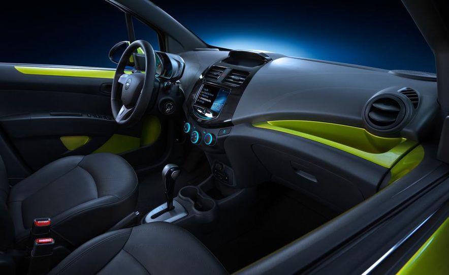 2013 Chevrolet Spark - Slide 12